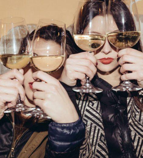 WETENSCHAPPELIJK BEWEZEN: SAMEN WIJN DRINKEN MAAKT JULLIE VRIENDSCHAP HECHTER